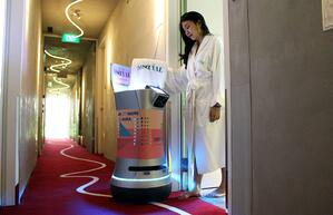 Savioke's Relay Robot with Guest Hotel